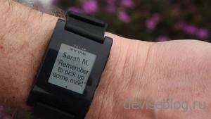 Pebble - оригинальные часы-смартфон