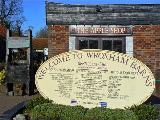 Apple Shop продает не только iPhone и iPad